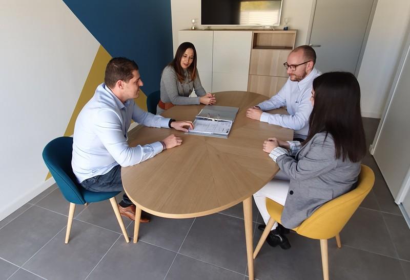détail réunion de bureau